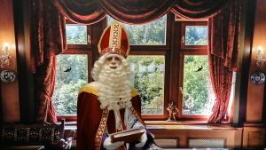 Videoboodschap van Sinterklaas aan STG jeugd in Leiden